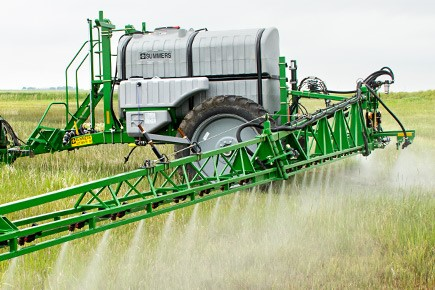 field spraying lt supersprayer